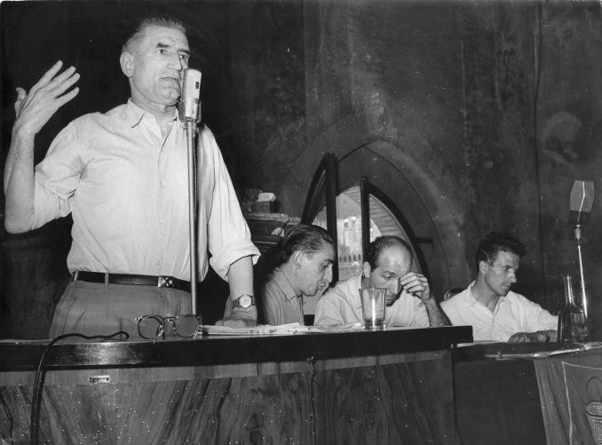17. 1953. Onorato Malaguti interviene ad un convegno a Palazzo d'Accursio.
