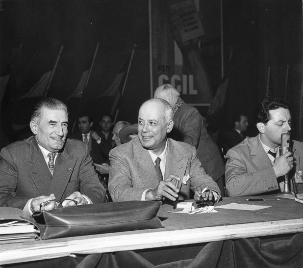 32. Anni '50. Da sinistra Onorato Malaguti, Oreste Lizzadri, Ermanno Tondi.